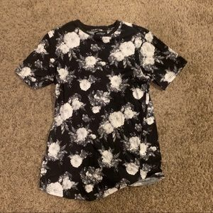 Pacsun scalloped flower shirt